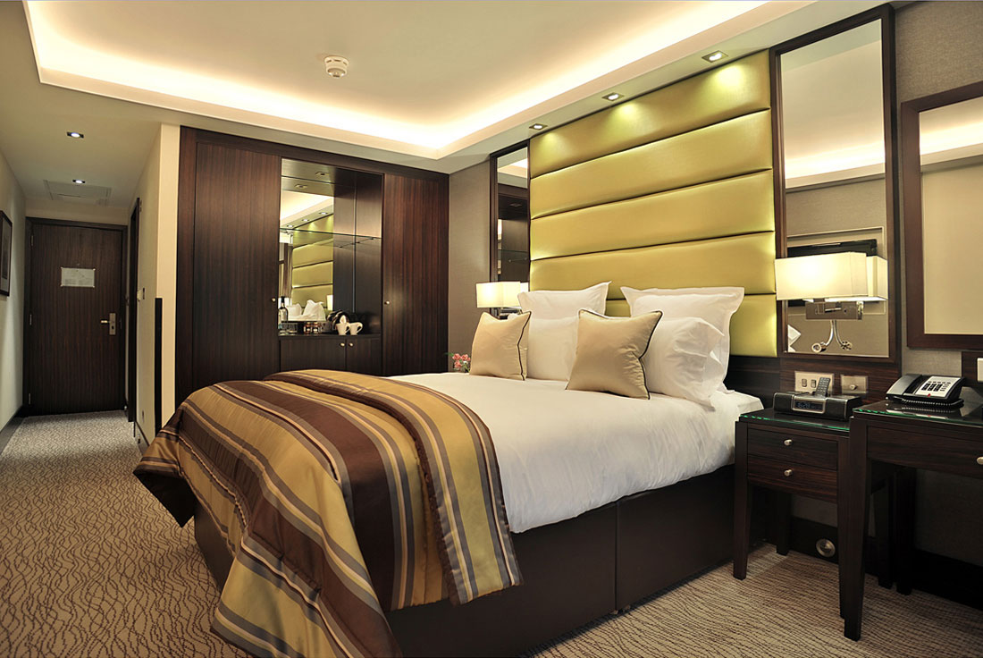 What do you want from a luxury hotel stay montcalm for Top luxury hotels uk