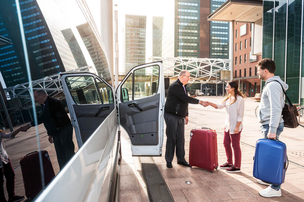 Pickup and Drop-Off Car Service