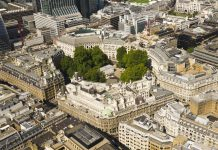 Elevated view of Finsbury circus, London