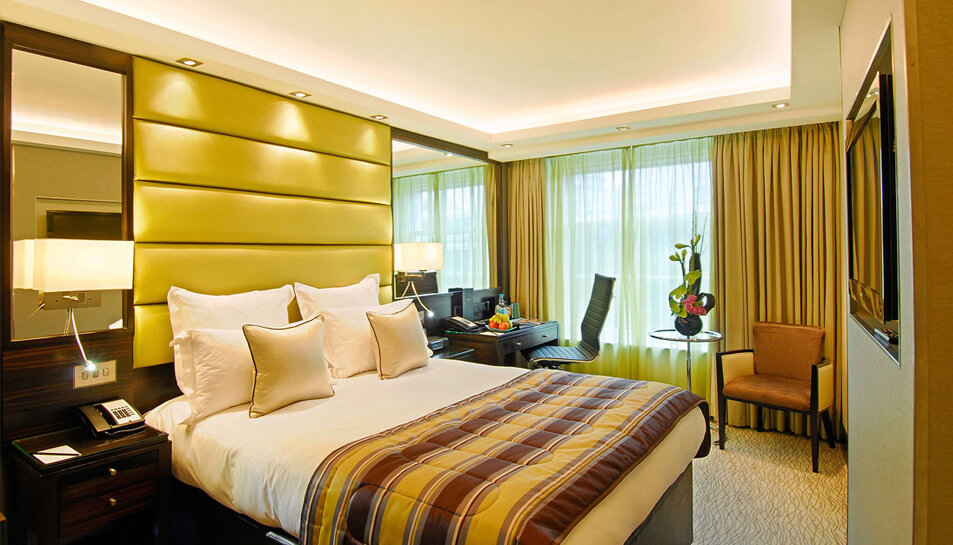 Advance-purchase-offers-at-montcalm-marble-arch-stay-just-7-45-or-21-days-in-advance