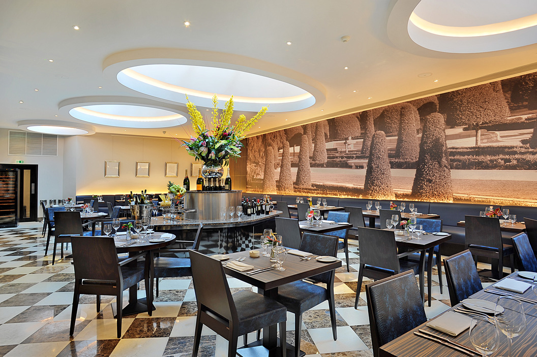 The Crescent Restaurant Amp Lounge The Montcalm London