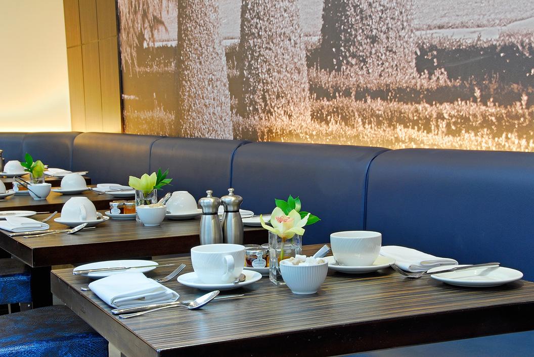 The Crescent Restaurant Amp Lounge The Montcalm London
